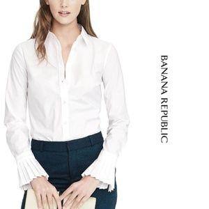Banana Republic pleat cuff button down shirt NWOT